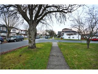 Photo 17: 4525 COMMERCIAL ST in Vancouver: Victoria VE House for sale (Vancouver East)  : MLS®# V1037358