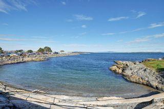 Photo 23: 110 1370 Beach Dr in : OB South Oak Bay Condo for sale (Oak Bay)  : MLS®# 885409