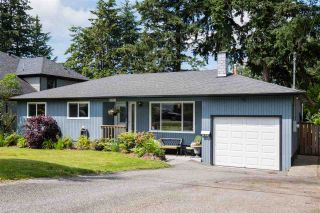 "Photo 2: 7871 110 Street in Delta: Nordel House for sale in ""Nordel"" (N. Delta)  : MLS®# R2469829"