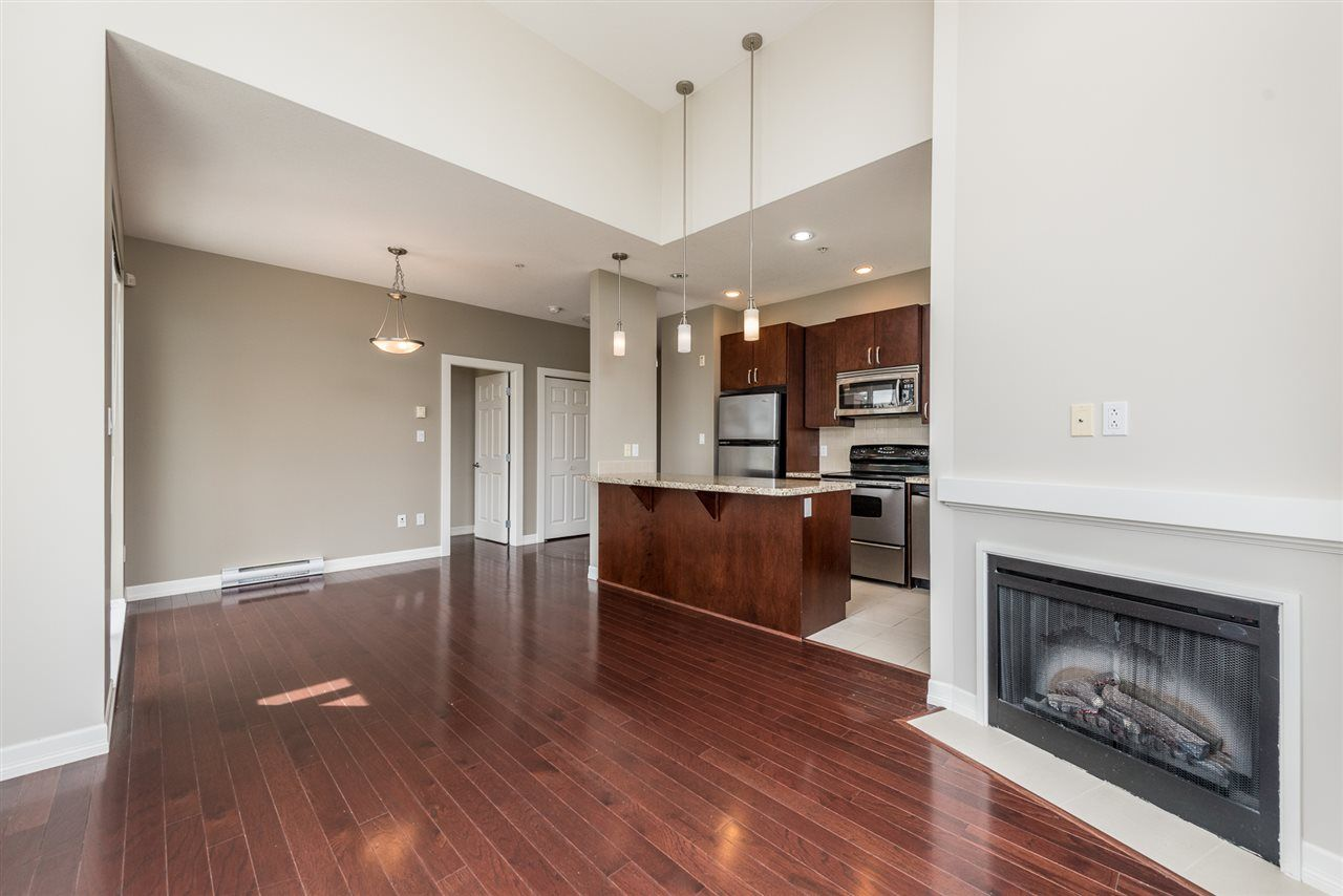 """Photo 3: Photos: 414 10237 133 Street in Surrey: Whalley Condo for sale in """"ETHICAL GARDENS"""" (North Surrey)  : MLS®# R2182809"""