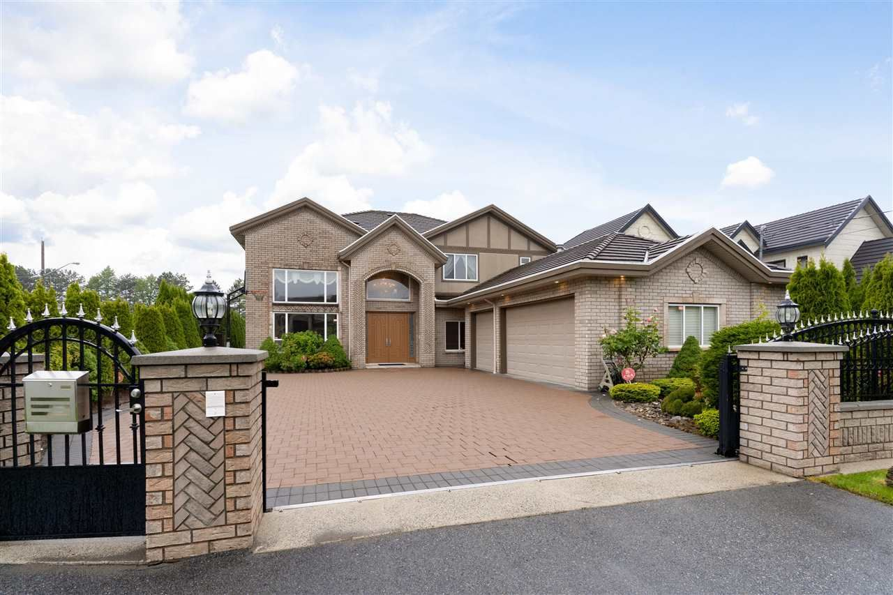 Main Photo: 9933 GILHURST Crescent in Richmond: Broadmoor House for sale : MLS®# R2463082