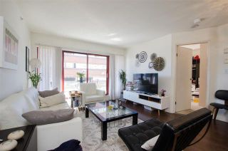 Photo 3: 1403 811 Helmcken Street in Vancouver: Downtown VW Condo for sale (Vancouver West)  : MLS®# R2354342