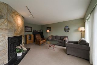 Photo 4: 1942 WILTSHIRE Avenue in Coquitlam: Cape Horn House for sale : MLS®# R2262319