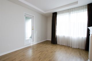 """Photo 7: 108 6475 CHESTER Street in Vancouver: Fraser VE Condo for sale in """"Southridge House"""" (Vancouver East)  : MLS®# R2439801"""