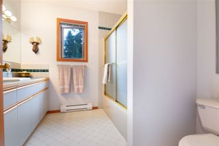 Photo 15: 8617 FISSILE LANE in Whistler: Alpine Meadows House for sale : MLS®# R2438515