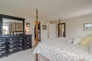 """Photo 24: 34661 WALKER Crescent in Abbotsford: Abbotsford East House for sale in """"Skyline"""" : MLS®# R2369860"""