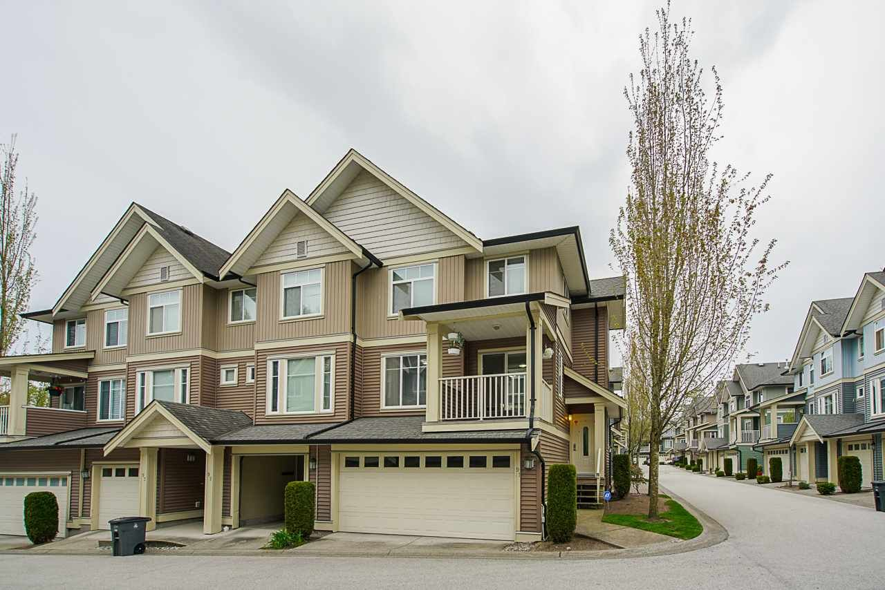 "Main Photo: 91 6575 192 Street in Surrey: Clayton Townhouse for sale in ""IXIA"" (Cloverdale)  : MLS®# R2572098"