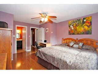 """Photo 12: 2 9988 149TH Street in Surrey: Guildford Townhouse for sale in """"Tall Timbers"""" (North Surrey)  : MLS®# F1426430"""
