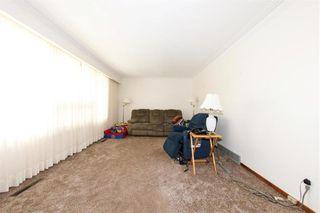 Photo 4: 62 Weaver Bay in Winnipeg: St Vital Residential for sale (2C)  : MLS®# 202109137