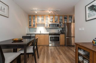 "Photo 8: 808 969 RICHARDS Street in Vancouver: Downtown VW Condo for sale in ""MONDRIAN II"" (Vancouver West)  : MLS®# R2332263"
