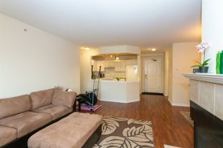 """Photo 4: 505 215 TWELFTH Street in New Westminster: Uptown NW Condo for sale in """"Discovery Reach"""" : MLS®# R2415800"""