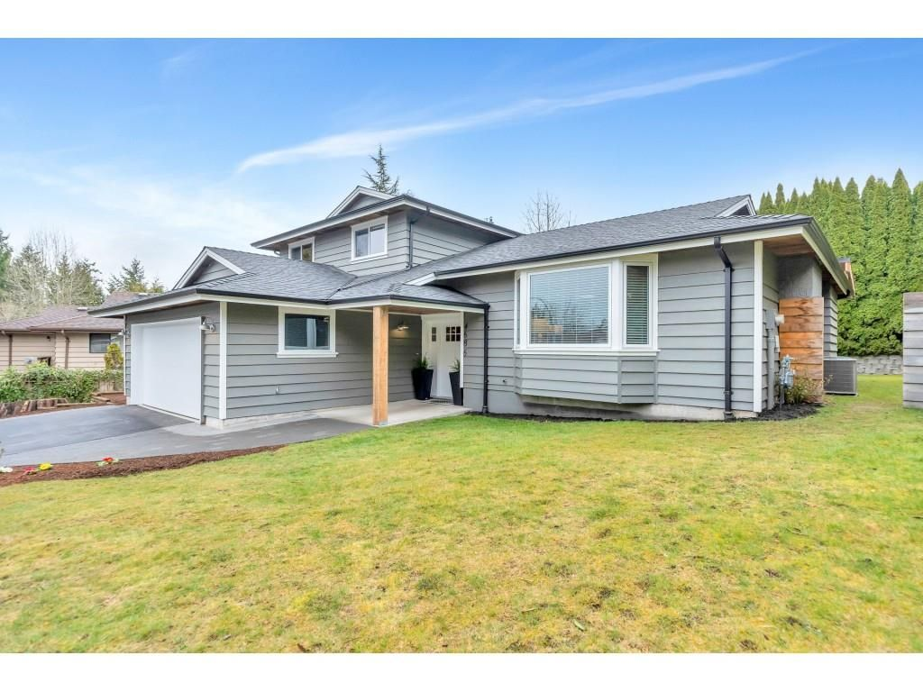 Main Photo: 4686 208A Street in Langley: Langley City House for sale : MLS®# R2555013