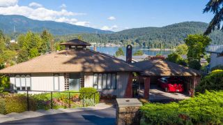 Photo 1: 972 BAYCREST Drive in North Vancouver: Dollarton House for sale : MLS®# R2110671