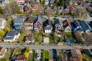 "Photo 13: 2142 NAPIER Street in Vancouver: Grandview Woodland House for sale in ""Grandview Woodland"" (Vancouver East)  : MLS®# R2450268"