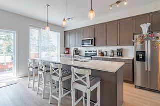 Photo 8: 145 Shawnee Common SW in Calgary: Shawnee Slopes Row/Townhouse for sale : MLS®# A1097036