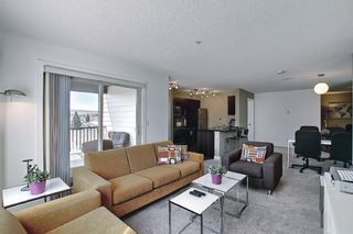 Photo 2: 3202 625 Glenbow Drive: Cochrane Apartment for sale : MLS®# A1096916