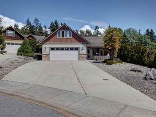 Photo 2: 6304 SAMRON Road in Sechelt: Sechelt District House for sale (Sunshine Coast)  : MLS®# R2469444