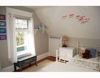 "Photo 10: 3049 ONTARIO Street in Vancouver: Mount Pleasant VW House for sale in ""MOUNT PLEASANT"" (Vancouver West)  : MLS®# V753820"