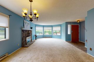 Photo 3: 4249 Quadra St in Saanich: SE Lake Hill House for sale (Saanich East)  : MLS®# 839358