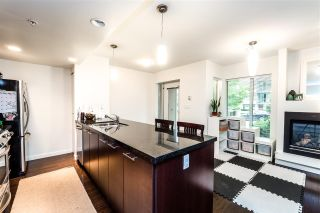 "Photo 4: TH4 1288 CHESTERFIELD Avenue in North Vancouver: Central Lonsdale Townhouse for sale in ""ALINA"" : MLS®# R2204049"