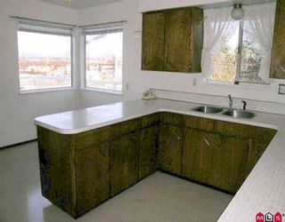 "Photo 4: 8873 BROOKE RD in Delta: Nordel House for sale in ""Sunbury Park"" (N. Delta)  : MLS®# F2605771"