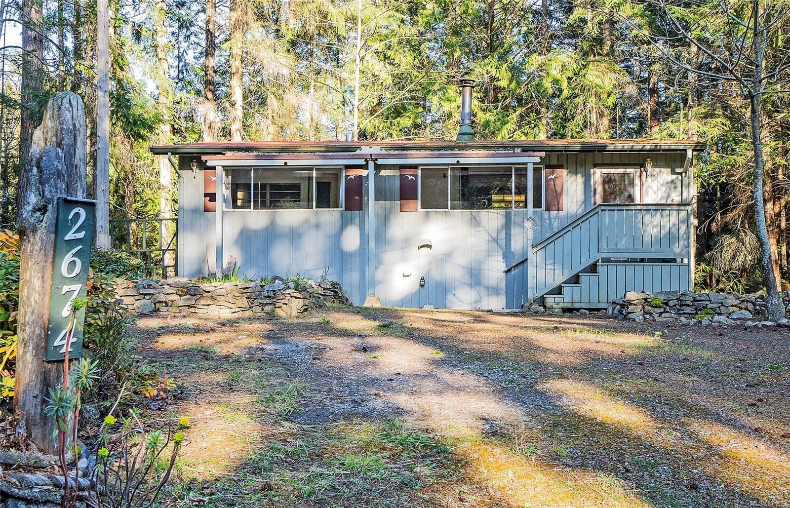 Main Photo: 2674 Galleon Way in : GI Pender Island House for sale (Gulf Islands)  : MLS®# 871623