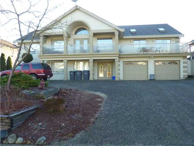 Main Photo: 16348 95A Avenue in Surrey: Fleetwood Tynehead House for sale : MLS®# F1401643