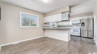 Photo 9: 1004 Athabasca Street East in Moose Jaw: Hillcrest MJ Residential for sale : MLS®# SK857165