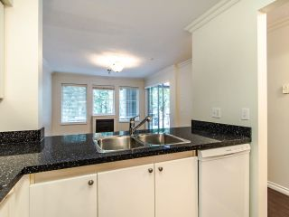 """Photo 7: 109 1189 WESTWOOD Street in Coquitlam: North Coquitlam Condo for sale in """"LAKESIDE TERRACE"""" : MLS®# R2483775"""