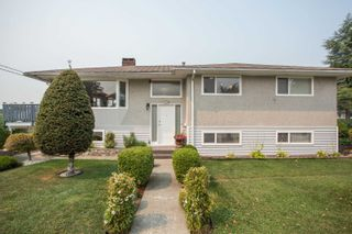 Photo 1: 726 SCHOOLHOUSE Street in Coquitlam: Central Coquitlam House for sale : MLS®# R2609829