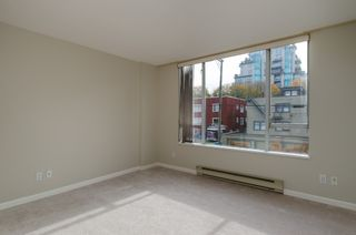 """Photo 17: 301 1566 W 13 Avenue in Vancouver: Fairview VW Condo for sale in """"Royal Gardens"""" (Vancouver West)  : MLS®# R2011878"""