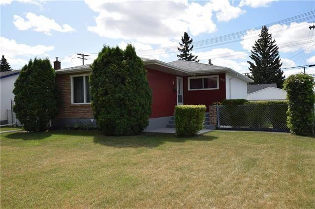 Main Photo: 90 Arrowwood Drive in Winnipeg: Garden City Residential for sale (4G)  : MLS®# 1924503