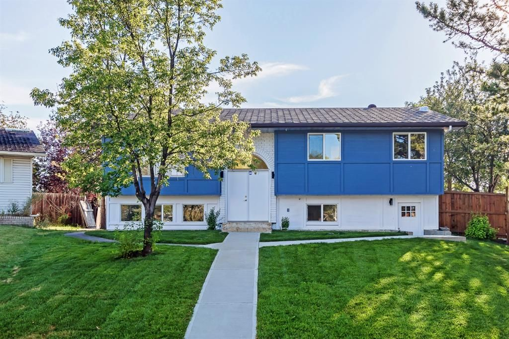 Main Photo: 416 PENWORTH Rise SE in Calgary: Penbrooke Meadows Detached for sale : MLS®# A1025752