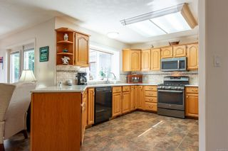 Photo 14: 631 Cambridge Dr in Campbell River: CR Willow Point House for sale : MLS®# 886798