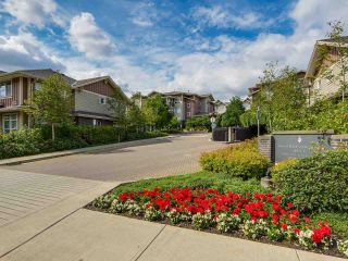 """Photo 1: 402 5665 IRMIN Street in Burnaby: Metrotown Condo for sale in """"MACOHERSON WEST"""" (Burnaby South)  : MLS®# R2089049"""