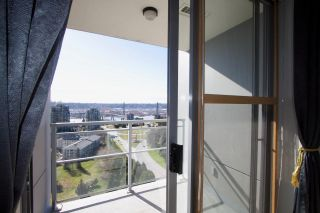 """Photo 12: 2005 280 ROSS Drive in New Westminster: Fraserview NW Condo for sale in """"THE CARLYLE ON VICTORIA HILL"""" : MLS®# R2563720"""