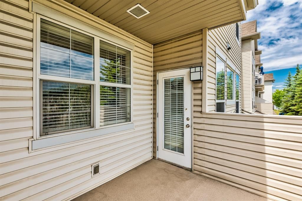 Photo 13: Photos: 204 1000 Applevillage Court SE in Calgary: Applewood Park Apartment for sale : MLS®# A1121312