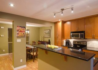 Photo 16: 3905 POINT MCKAY Road NW in Calgary: Point McKay Row/Townhouse for sale : MLS®# C4279923