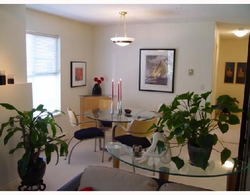 """Photo 4: Photos: 306 1188 CARDERO Street in Vancouver: West End VW Condo for sale in """"THE HAMPSTEAD"""" (Vancouver West)  : MLS®# V696316"""