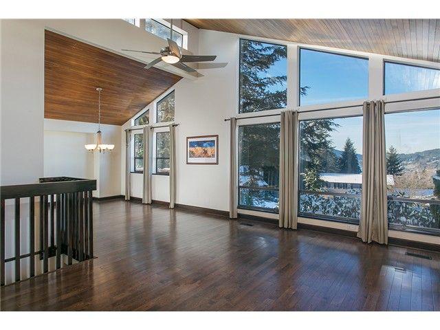 Main Photo: 6 ELSDON BAY in Port Moody: Barber Street House for sale : MLS®# V1095627