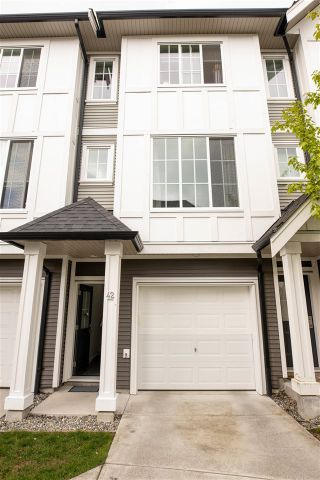 """Photo 1: 42 30989 WESTRIDGE Place in Abbotsford: Abbotsford West Townhouse for sale in """"Brighton"""" : MLS®# R2587610"""