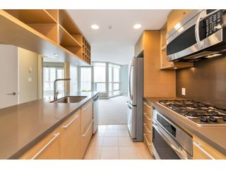 """Photo 10: 1304 833 SEYMOUR Street in Vancouver: Downtown VW Condo for sale in """"Capitol Residences"""" (Vancouver West)  : MLS®# R2504631"""