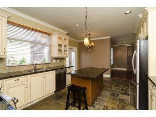 Photo 10: 6882 192A Street in Surrey: Clayton House for sale (Cloverdale)  : MLS®# F1412935