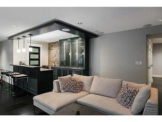 """Photo 19: 365 GLYNDE Avenue in Burnaby: Capitol Hill BN House for sale in """"CAPITAL HILL"""" (Burnaby North)  : MLS®# R2029979"""