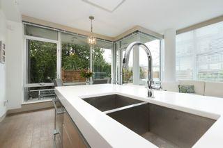 Photo 9: 105 200 Douglas St in VICTORIA: Vi James Bay Condo for sale (Victoria)  : MLS®# 832368