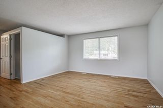 Photo 2: 258 McMaster Crescent in Saskatoon: East College Park Residential for sale : MLS®# SK864750