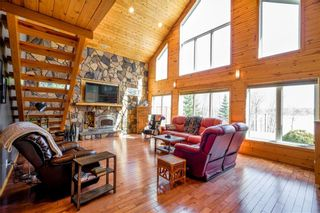 Photo 5: 33 South Maple Drive in Lac Du Bonnet RM: Residential for sale (R28)  : MLS®# 202107896