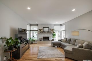 Photo 5: 135 Willoughby Crescent in Saskatoon: Wildwood Residential for sale : MLS®# SK864814
