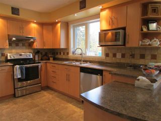 """Photo 2: 13737 283 Road: Charlie Lake House for sale in """"CHARLIE LAKE - CAMPBELL ROAD"""" (Fort St. John (Zone 60))  : MLS®# R2113422"""