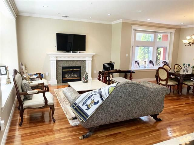 Photo 3: Photos: 4063 WEST 31ST AV in Vancouver: Dunbar House for sale (Vancouver West)  : MLS®# R2373838